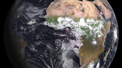 Mokslininkai nustatė, kad Žemės pluta planetoje pradėjo formuotis anksčiau, nei manyta iki šiol