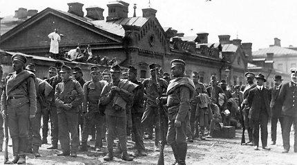 """""""Jis džiaugėsi likęs gyvas"""". Kaip G.Soroso tėvas pergyveno Sibiro lagerį ir Holokaustą (I)"""