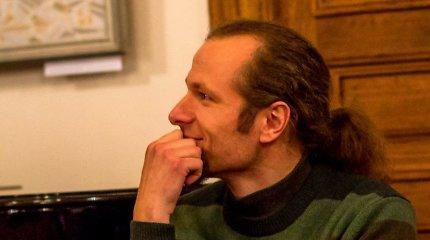 """Poetas Marius Burokas: """"Nežinau, ar parašiau savo geriausią eilėraštį, ar dar ne"""""""