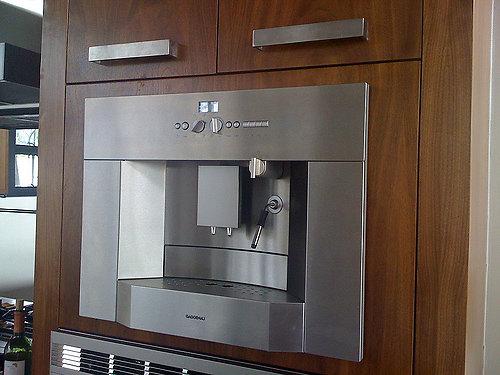 Kavos ruošimo įranga taip pat gali būti įmontuojama