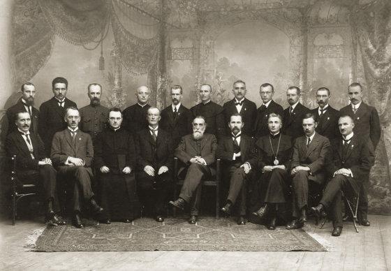 Net ketvirtadalis Lietuvos Tarybos narių buvo aktyvūs masonai