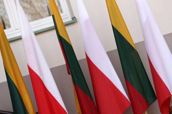 Andriaus Ufarto/BFL nuotr./Lenkijos ir Lietuvos vėliavos