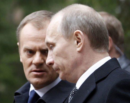 """Reuters""/""Scanpix"" nuotr./Donaldas Tuskas ir Vladimiras Putinas"