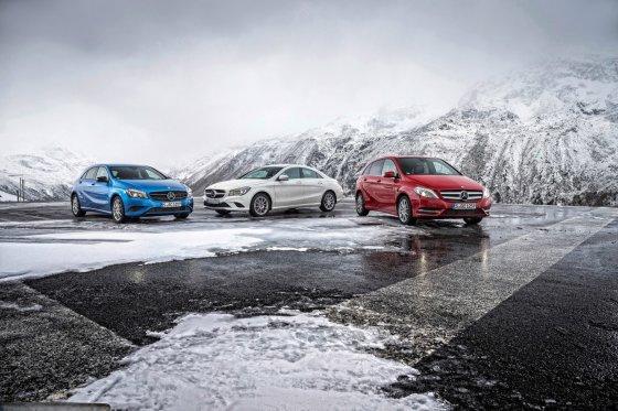 """""""Mercedes-Benz"""" nuotr./""""Mercedes-Benz"""" graibstomi Rusijoje"""