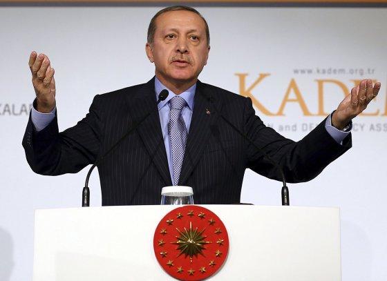 """Scanpix""/AP nuotr./Turkijos prezidentas Recepas Tayyipas Erdoganas"