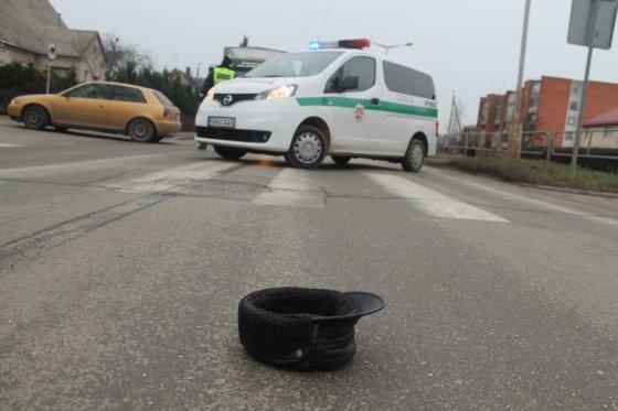 """Tomo Markelevičiaus nuotr./""""VW Golf"""" mirtinai partrenkė pėsčiąjį"""
