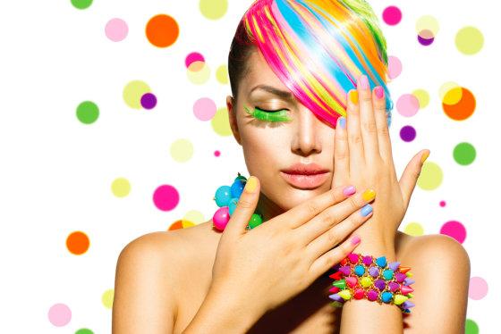 Shutterstock nuotr./Populiariausios 2014-ųjų vasarinės nagų lako spalvos