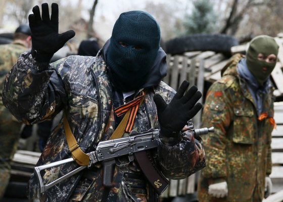 """""""Reuters""""/""""Scanpix"""" nuotr./Prorusiški separatistai Slovjansko mieste"""