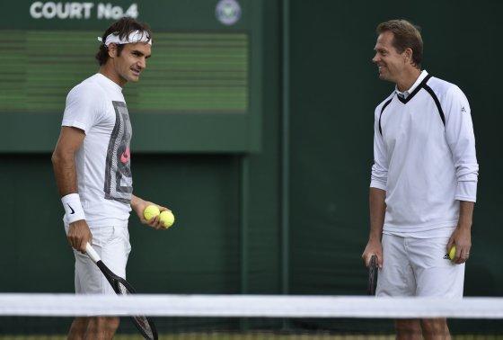 """""""Reuters""""/""""Scanpix"""" nuotr./Rogeris Federeris ir Stefanas Edbergas kartu dirbti pradėjo nuo gruodžio mėnesio"""