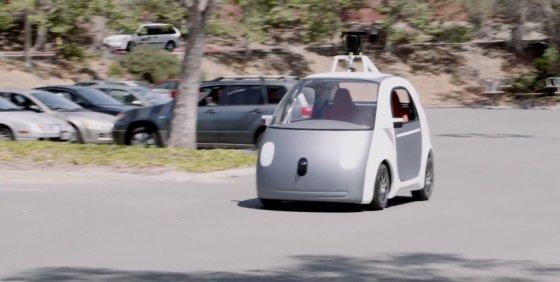 """Kadras iš vaizdo siužeto/""""Google"""" autonominis automobilis"""