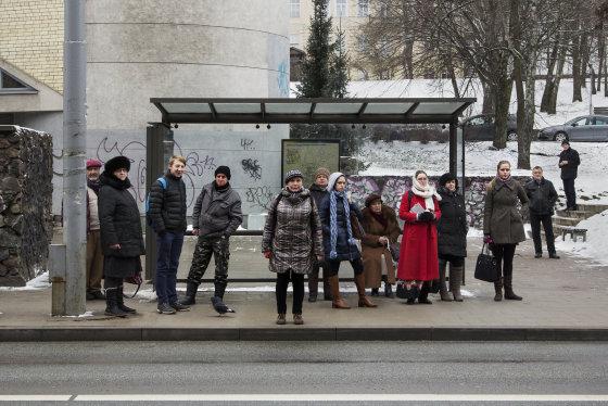 """Naujas Simo Sin projektas """"Bus stops"""""""