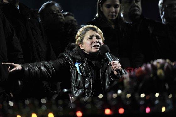 "AFP/""Scanpix"" nuotr./J.Tymošenko paleista į laisvę."