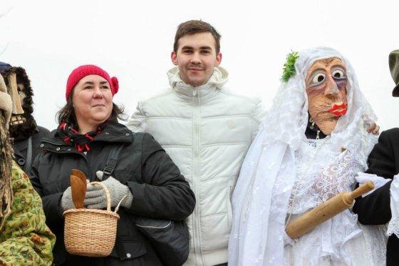 Vidmanto Samuolio nuotr./Marisa Leonavičienė su sūnumi Rimu per Užgavėnes