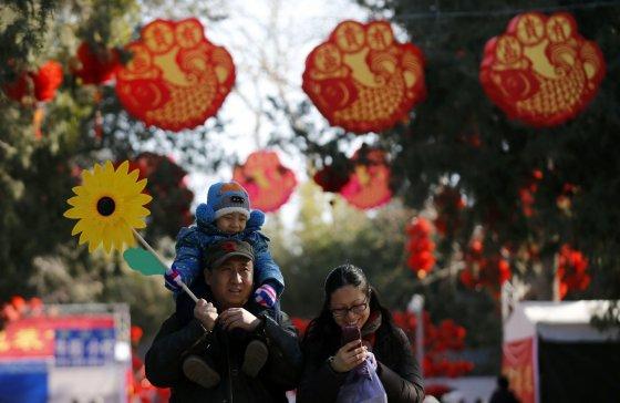 """""""Scanpix"""" nuotr./Kinija naujuosius Arklio metus pasitinka kukliau, naudodama mažiau fejerverkų"""