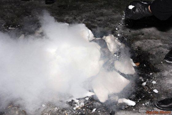 Laužas po ledu. (c) Sigita Matulevičienė