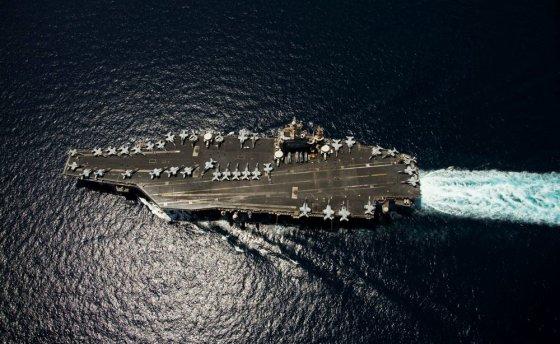 """""""Scanpix"""" nuotr./""""Nimitz"""" tipo lėktuvnešis – iki 2013 m. buvęs didžiausias karinis laivas pasaulyje"""