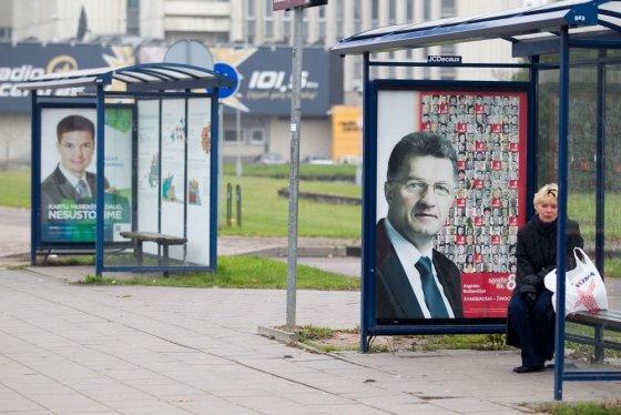 Irmanto Gelūno/15min.lt nuotr./Politinė reklama Vilniuje rinkimų dieną