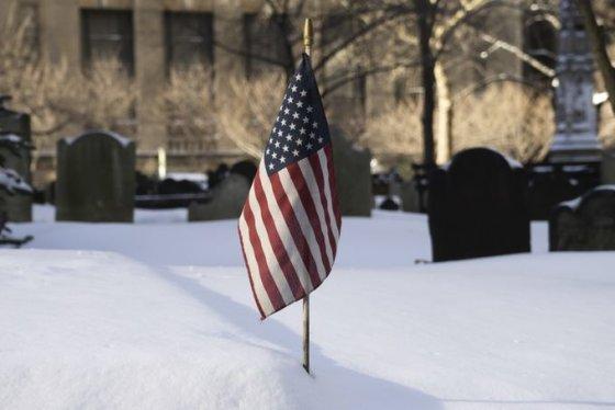 JAV užgriuvo sniegas