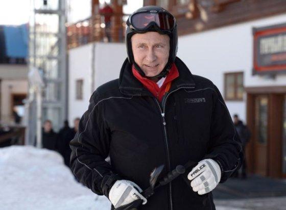 V.Putinas Sočyje išbandė kalnų slidinėjimo trasą
