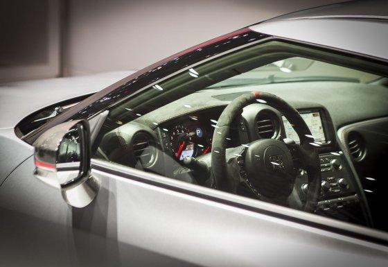 "Irmanto Gelūno/15min.lt nuotr./""Nissan GT-R Nismo"" nuo 0 iki 100 km/val. per 2,4 sek."