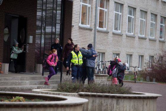 ELMO RIIG/SAKALA nuotr./Mokykla, kur nužudyta mokytoja