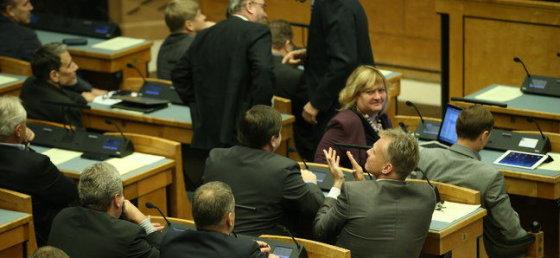 Postimees.ee nuotr./Po balsavimo dėl įstatymo