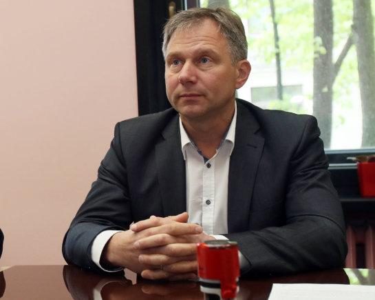 Eriko Ovčarenko/15min.lt nuotr./Sutarties pasirašymo akimirkos