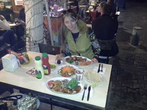 Romantiška vakarienė – turkų restorane, Karsiyakoje.