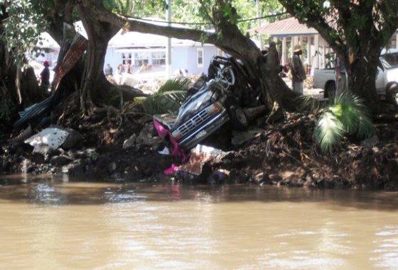 """Reuters""/""Scanpix"" nuotr./Potvyniai po cunamio bangos"