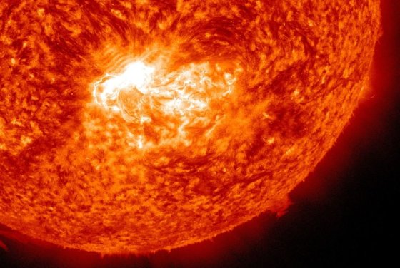 NASA/SDO/AIA nuotr./Liepos 12 dieną Saulėje užfiksuotas X 1,4 kategorijos žybsnis.
