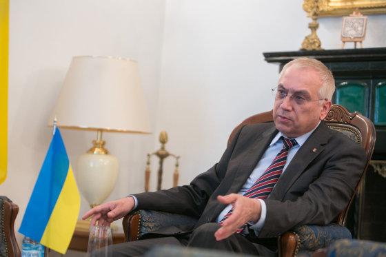 Juliaus Kalinsko/15min.lt nuotr./Ukrainos ambasadorius Lietuvoje Valerijus Žovtenka