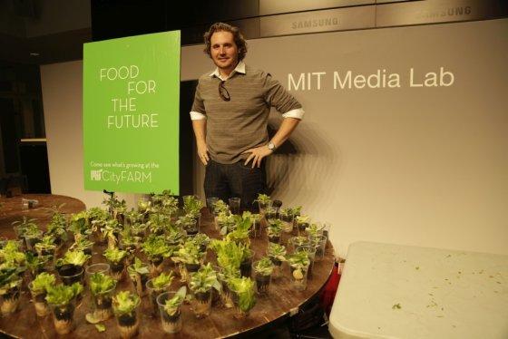 """Šarūno Bulotos nuotr./""""MIT CityFARM"""" laboratorijos įkūrėjas Calebas Harperis"""
