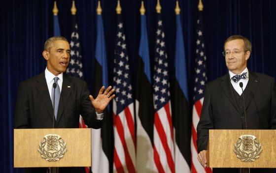 """""""Reuters""""/""""Scanpix"""" nuotr./JAV prezidentas Barackas Obama ir Estijos prezidentas Toomas Hendrickas Ilvesas"""