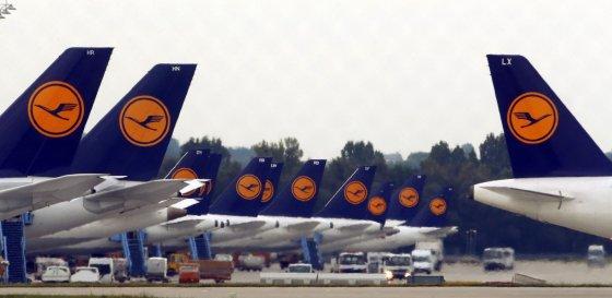 """""""Reuters""""/""""Scanpix"""" nuotr./""""Lufthansa"""" lėktuvai"""