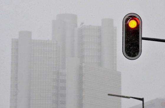"AFP/""Scanpix"" nuotr./Sniegas Vokietijoje"