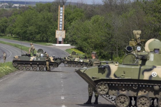 """""""Reuters""""/""""Scanpix"""" nuotr./Ukrainos kariai netoli Slovjansko miesto"""