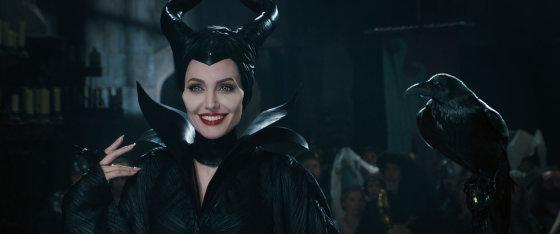 "Kadras iš filmo/Angelina Jolie filme ""Piktadarės istorija"""