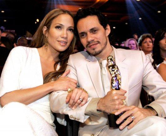 """""""Reuters""""/""""Scanpix"""" nuotr./Jennifer Lopez ir Marcas Anthony 2006-aisiais"""
