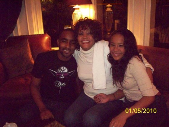 """Twitter"" nuotr./Nickas Gordonas, Whitney Houston ir Bobbi Kristina Brown"