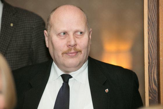Andriaus Ufarto/BFL nuotr./Panevėžio meras V.Satkevičius guodžiasi, kad miestas jau nebepakelia investicijų naštos