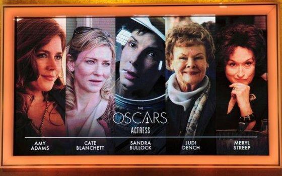 Dėl geriausios aktorės titulo grumsis Amy Adams, Judi Dench, Cate Blanchett, Meryl Streep ir Sandra Bullock