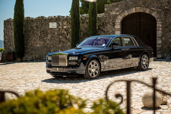 """Rolls-Royce Phantom"""