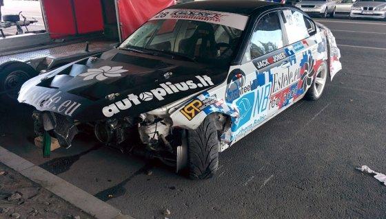 Facebook.com nuotr./Dariaus Balio automobilis po avarijos