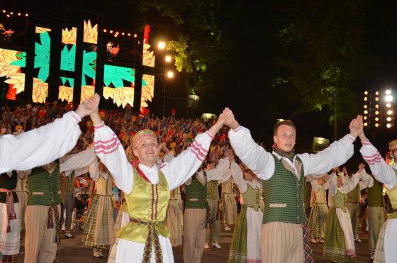Šeštadienį Kauno dainų slėnyje vyks miesto moksleivių dainų ir šokių šventė