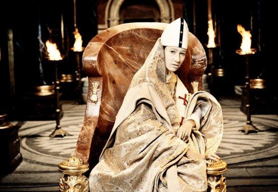 """Kadras iš filmo/""""Popiežė Joana"""" (""""Pope Joan"""", 2009)"""