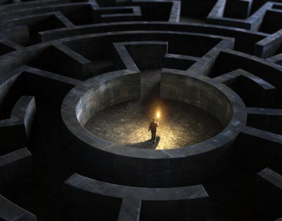 """""""Shuuerstock"""" nuotr./Vyras labirinte"""