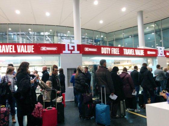 """Jurgitos Lapienytės nuotr./""""Ryanair"""" bazė Stanstedo oro uoste Londone"""