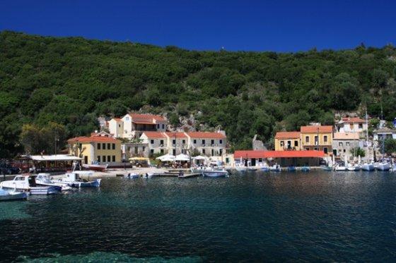 123rf.com nuotr./Graikijoje galite rasti ir tokių jaukių vietelių, toli nuo turistinių centrų.