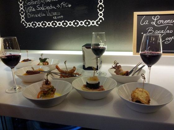Ievos Vaitkevičiūtės nuotr. /Tapas ir taurė raudonojo vyno – užkandžiaujame Burgos mieste