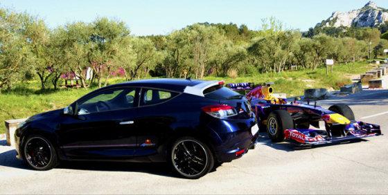 """Renault"" nuotr./""Renault Megane Red Bull Racing RB8"""